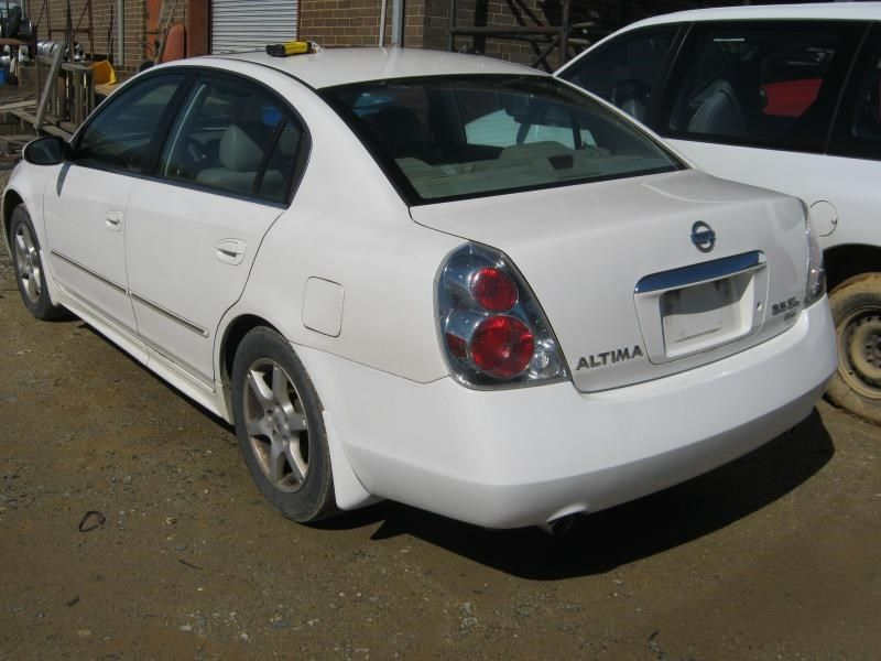 Used 2005 Nissan Altima Transmission Transmission ...