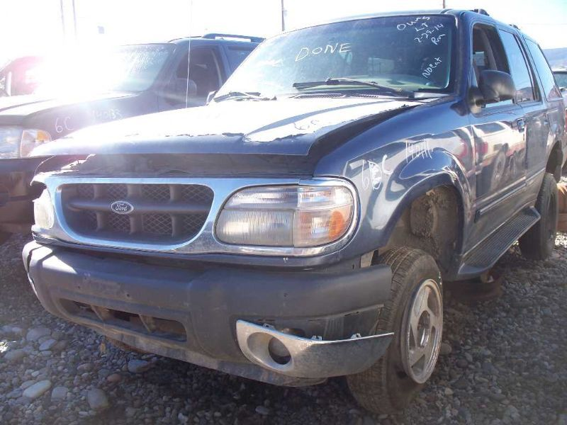 Ford Explorer 4x4 Front Axle : Ford truck explorer axle carrier assembly front