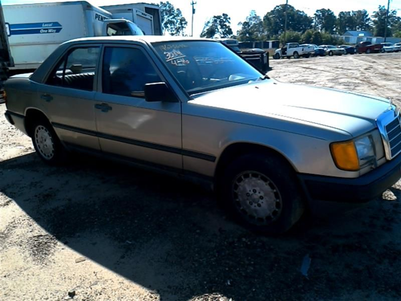 1986 mercedes benz mercedes 300e glass and mirrors 275 for Mercedes benz 300e parts