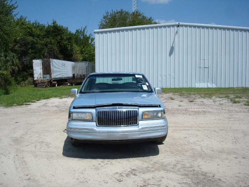 Used 1997 Lincoln Town Car Center Body Roof Assembly W O Sunroof