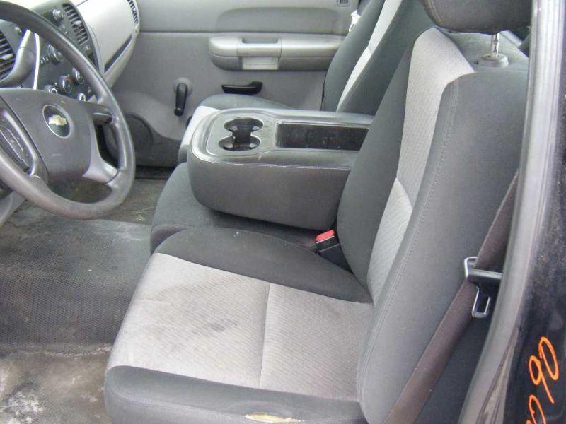 Used 2009 chevrolet truck suburban 1500 interior front seat belts for Chevrolet suburban interior parts
