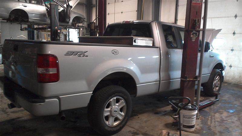 2004 ford truck f150 interior f150 seat front 202 RH,EXCAB,GREY,CLOTH MAN,CIG BURN