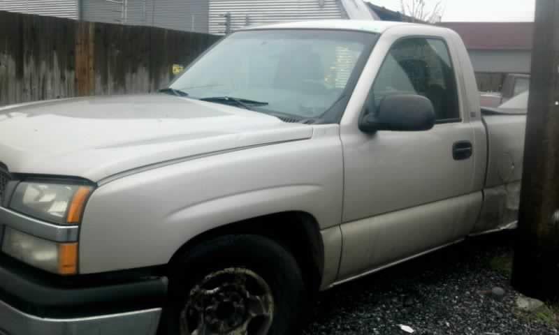 Used 2004 Chevrolet Truck Silverado 1500 Pickup Interior Speedome