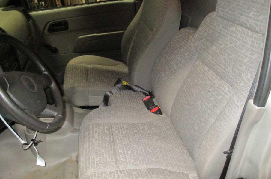 2004 chevrolet colorado interior seat front left bucket - 2005 chevy colorado interior parts ...