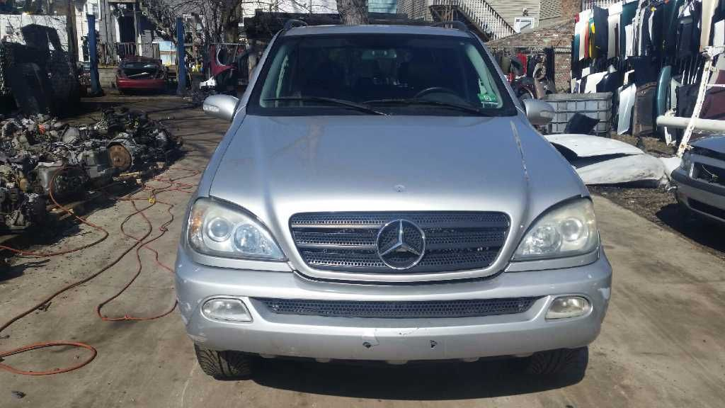 2000 mercedes-benz ml320 front body bumper reinforcement  front 163 type   ml320 and ml430 and ml55  107 COMPLETE GUTS