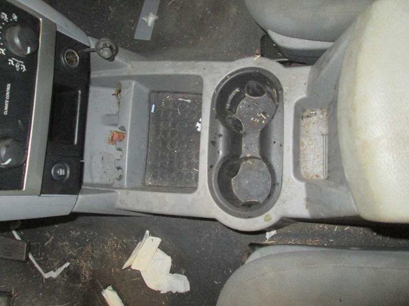 Used 2007 Dodge Truck Durango Interior Front Seat Belts Bucket Se