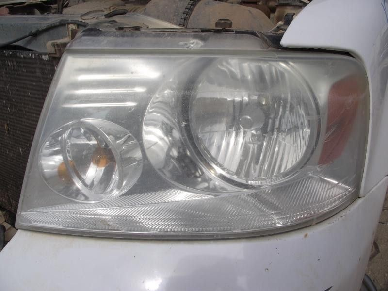 2004 ford truck f150 front-body f150 headlamp assembly |  114 YELLOWISH HAZE,CLEANUP
