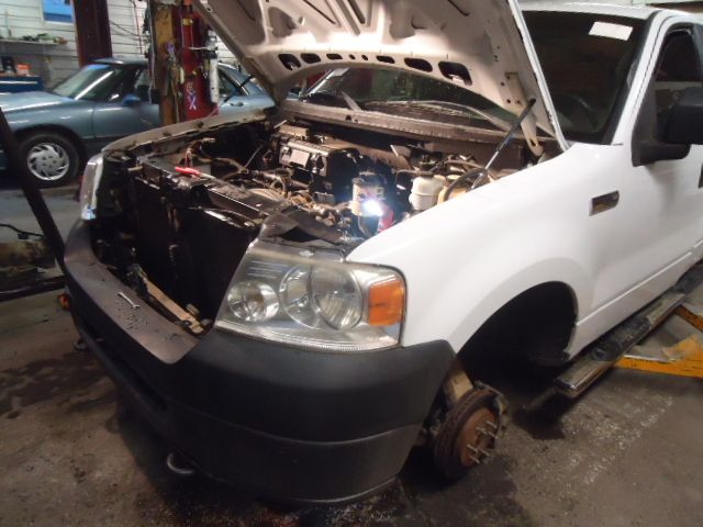 2004 ford truck f150 interior f150 seat  front |  202 RH,GRY,CLO,40/20/40,MANUAL