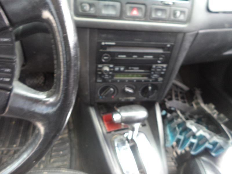 Used 2001 volkswagen jetta interior glove box alternate glove box for Volkswagen jetta interior parts