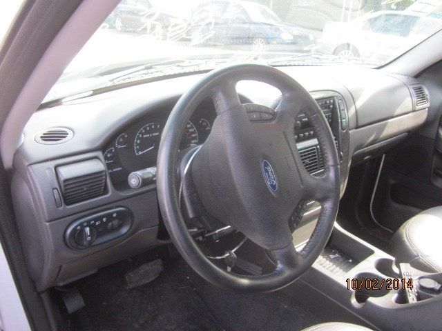 used 2002 ford truck explorer sport trac interior front. Black Bedroom Furniture Sets. Home Design Ideas