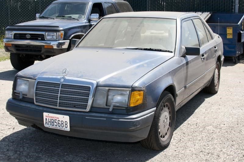 Used 1986 mercedes benz mercedes 300e glass and mirrors for Mercedes benz 300e parts