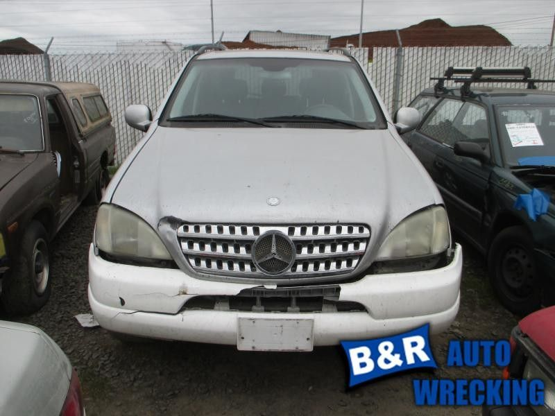 2000 mercedes-benz ml320 front body bumper reinforcement  front 163 type  ml320 and ml430 and ml55  107 4DRAWD,BAR ONLY