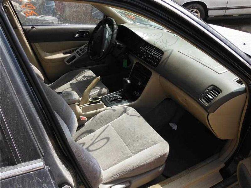 Used 1995 honda accord interior dash panel ex part 360636 503 1 p for 1995 honda civic interior parts