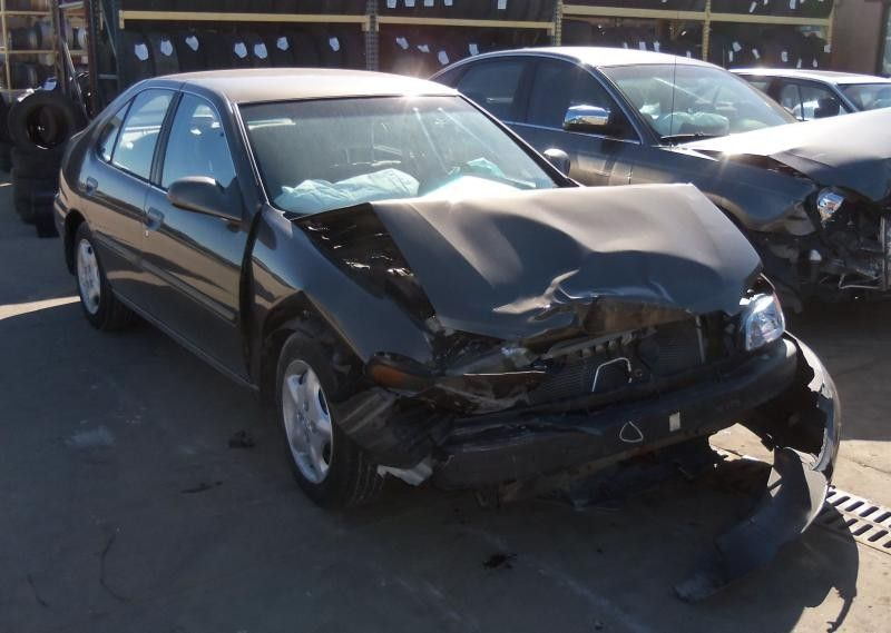 Used 2000 nissan altima engine accessories distributor for 2000 nissan altima motor