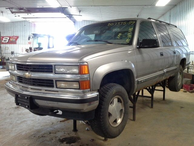 1999 chevrolet truck suburban 2500 glass and mirrors door glass rear right privacy glass r