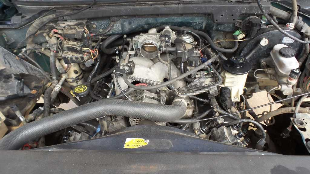 Used 1997 ford truck ford f150 pickup engine oil pan 8 330 for Who picks up used motor oil