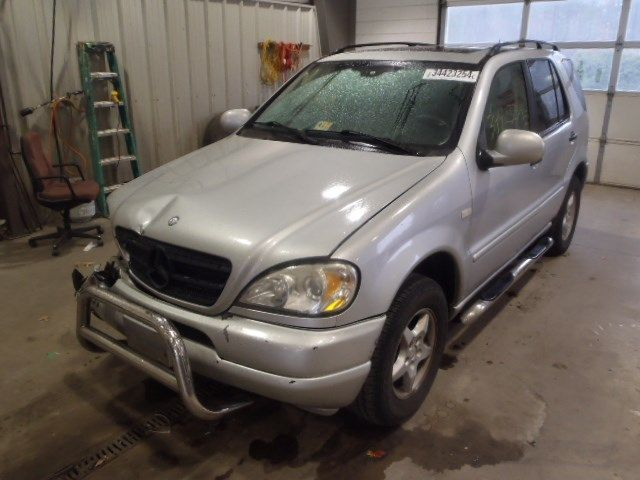 Used 2001 mercedes benz ml320 glass and mirrors door vent for Mercedes benz 2001 ml320 parts