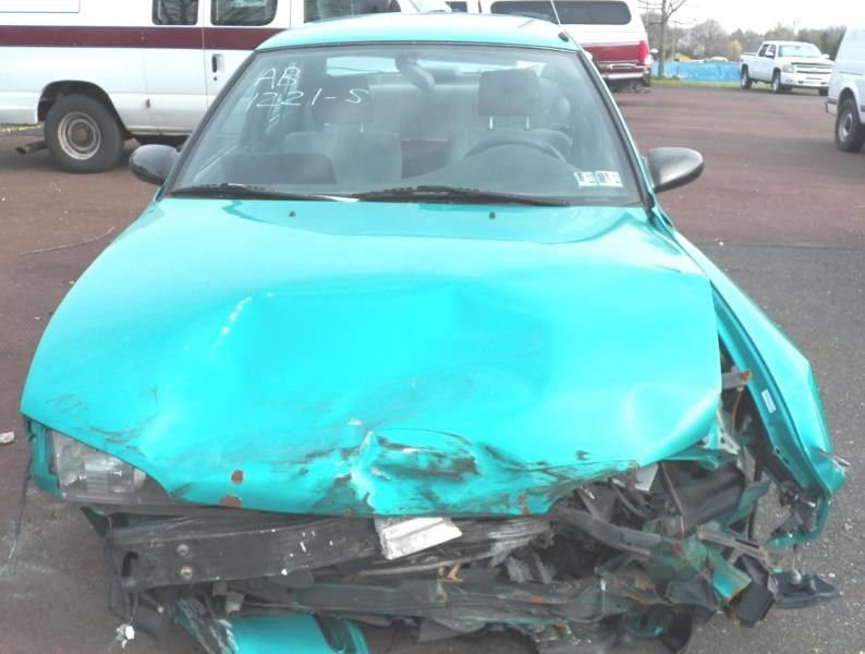 1993 general motors   foreign geo-prizm doors geo prizm door assembly front 120 LF MNL 2HRS 4 DENTS W/63032L CM