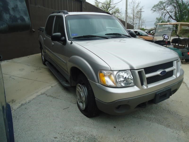 Used 2003 Ford Truck Explorer Sport Trac Accessories Wash
