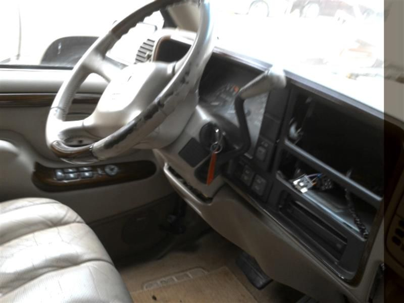 used 2000 cadillac escalade interior escalade seat front part 521. Black Bedroom Furniture Sets. Home Design Ideas