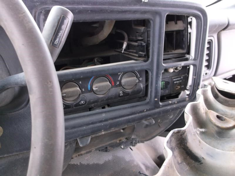 Used 2002 Chevrolet Truck Suburban 2500 Interior Front