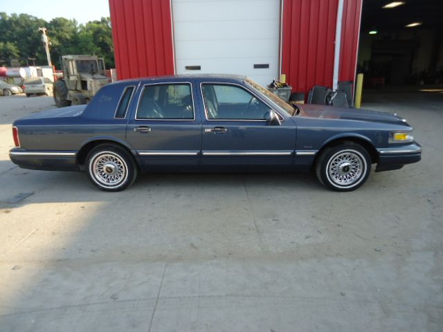 1996 lincoln town car transmission transmission transaxle a t used auto parts hollanderparts. Black Bedroom Furniture Sets. Home Design Ideas