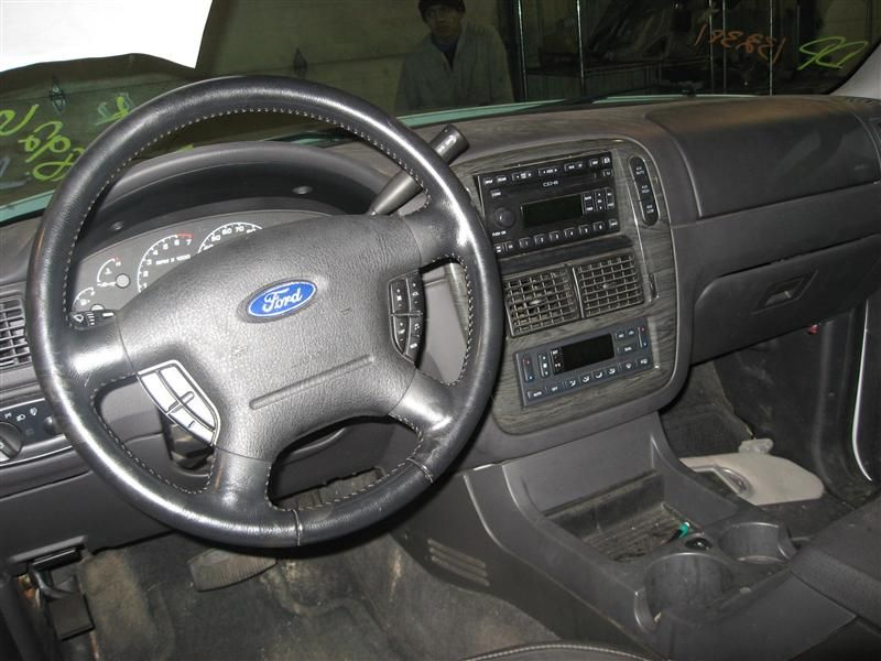 used auto parts 2002 ford explorer sport trac interior 257. Black Bedroom Furniture Sets. Home Design Ideas