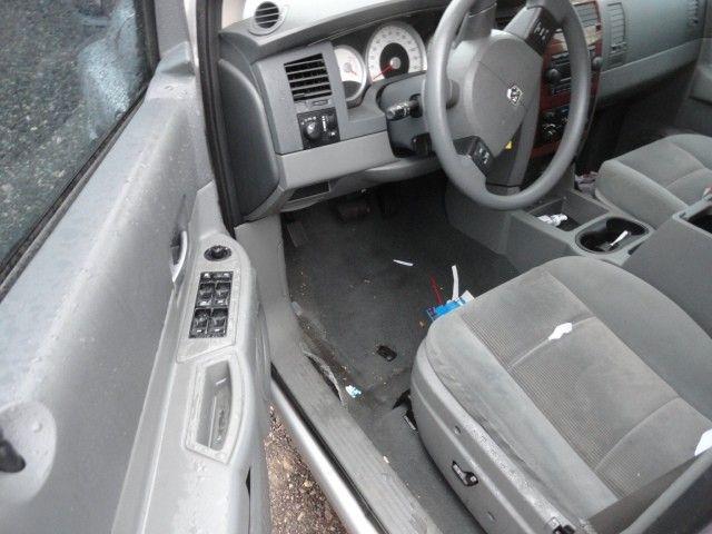 Used 2006 Dodge Truck Durango Interior Front Seat Belts Bucket Se