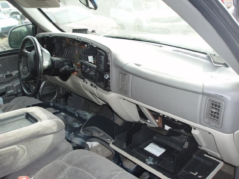 Used 2001 Chevrolet Truck Suburban 2500 Interior Front