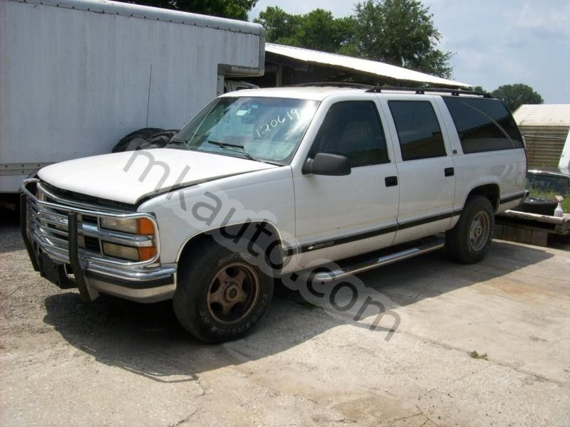 1999 chevrolet truck suburban 2500 glass and mirrors quarter glass right w o privacy glass