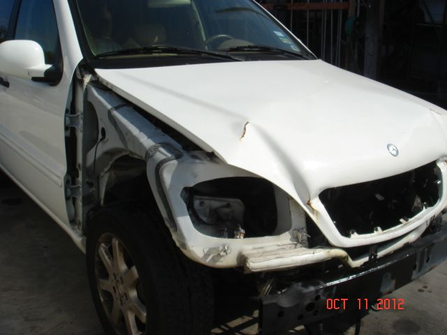Used 2000 mercedes benz ml320 front body bumper for Mercedes benz parts houston