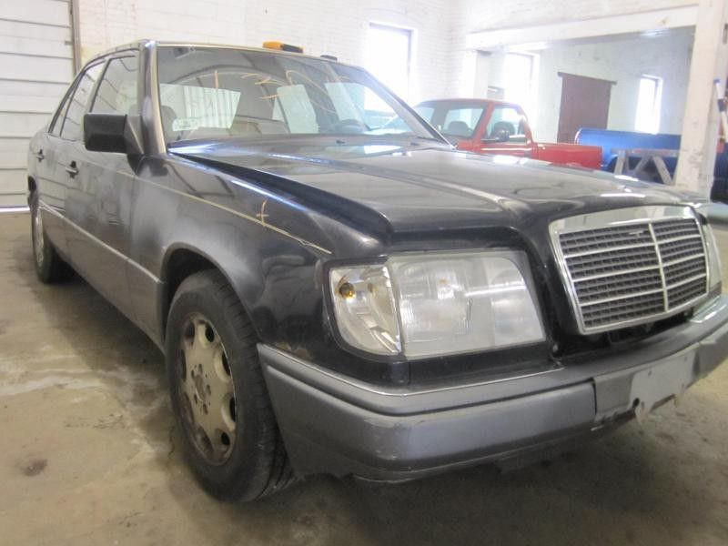 1987 mercedes benz mercedes 300e engine accessories fan for Mercedes benz 300e parts